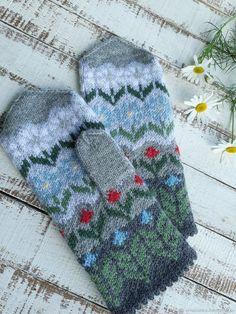 Купить Варежки вязаные ручной работы с орнаментом Лето, ах лето женские в интернет магазине на Ярмарке Мастеров