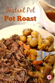 This instant pot pressure cooker pot roast recipe will surely be your family's favorite for dinner. It's based on my grandmother's beef pot roast recipe and I made my own version using the instant pot and it was super easy and it's amazing. Roast Recipe Easy, Easy Pot Roast, Instant Pot Pot Roast, Beef Pot Roast, Pot Roast Recipes, Beef Recipes, Dinner Recipes, Dinner Ideas, Game Recipes