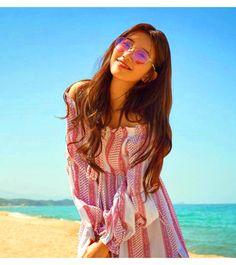 Vagabond Bae Suzy Inspired Sunglasses 001 in Pink (Round Shape) Korean Actresses, Asian Actors, Korean Actors, Bae Suzy, Korean Girl, Asian Girl, Korean Accessories, Look 2018, Idole