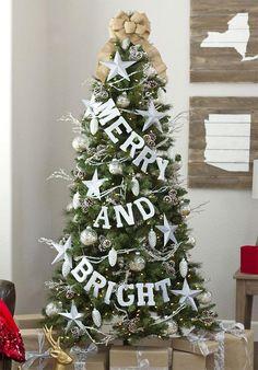 Festive Ornaments for your Christmas Tree #christmas #ornaments #christmastree #tree #christmasdesign #christmasdecor #treeornament