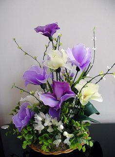 Handmade Colorful Nylon Orchids Arrangement por LiYunFlora en Etsy