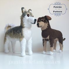 With this pattern you can knit a amigurumi with the generic form of a dog for about long Crochet Amigurumi Free Patterns, Crochet Dolls, Free Crochet, Dog Crochet, Granny Stripes, Dog Crafts, Stuffed Animal Patterns, Crochet Animals, Crochet Projects