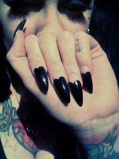 Nail Art Hearts Gothic.