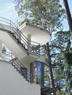 Gunda villa by gmp Architect, situated on the Baltic Sea beach near Riga.