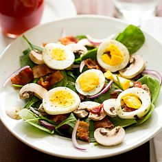 Warm Spinach Salad with Bacon, Mushrooms