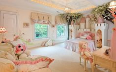 castle princess bed with pink theme