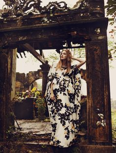 Josefine Ekman Nilsson: Elle Sweden, July 2011 > photo 177621 > fashion picture