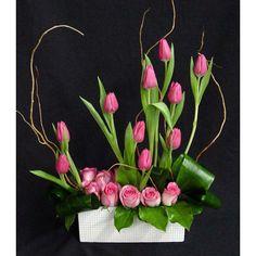 JP: Ikebana - Pink Tulips and Roses Arrangements Ikebana, Church Flower Arrangements, Beautiful Flower Arrangements, Floral Arrangements, Beautiful Flowers, Deco Floral, Arte Floral, Floral Design, Silk Flowers