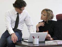 http://www.femmeactuelle.fr/actu/dossiers-d-actualite/pour-l-egalite-homme-femme-au-travail-01900