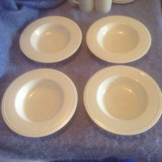 Crate &  Barrel Staccato  4 Rim Soup Bowls White Kathleen Wills  #CrateBarrel