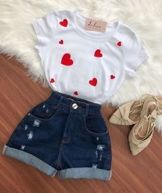 bueno para mi es prcioso Girls Fashion Clothes, Teen Fashion Outfits, Edgy Outfits, Swag Outfits, Outfits For Teens, Girl Outfits, Cute Comfy Outfits, Cute Summer Outfits, Ripped Jeans Men