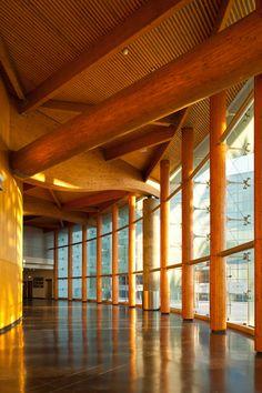 Estoril Convention Center / Regino Cruz Arquitectos / Estoril PT Photography by Francisco Nogueira / www.francisconogu... #architecture #reginocruz #estoril #portugal #photography #auditorium