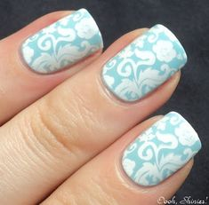Wedding Wednesday: Your Bridal Manicure Gradient Nails, Blue Nails, White Nails, Gel Nails, Nail Designs Spring, Nail Art Designs, Nails Design, Bridal Manicure, Super Nails
