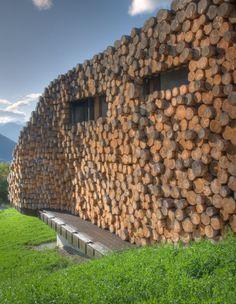 Cordwood Home (without mortar) of Armin Blasbichler, Tyrol, Italy. www.arminblasbichler.com