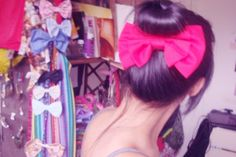 Cute way to wear a bow