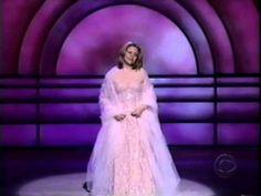 "Renee Fleming Singing | RENEE FLEMING SINGS ""SOMEWHERE OVER THE RAINBOW"" - TRIBUTE TO WARREN ..."