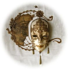 Gorgeous masquerade mask
