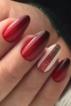 Ever Beautiful Red Hot Wedding Nail Art Designs Pastel Blue Nails, Red Matte Nails, Blue Glitter Nails, Yellow Nail Art, Red Manicure, Green Nails, Shellac Nails, Hot Nail Designs, Natural Nail Designs