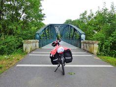 Juli-e-cycle le long de la voie verte Trans-Ardennes de Charleville-Mézières à l'Abbaye d'Orval: Tour de France à vélo électrique ! #velo #bicyclette #veloelectrique #ebike #vae #tourdefrance #cyclingtour #cyclotourisme #RestartCycleTourism #champagneardennes #ardennes #TransArdennes #mezieres #CharlevilleMézières #sedan #juli_e_cycle #velafrica