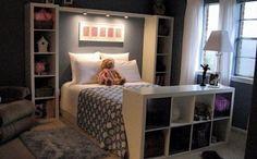 De Kallax-kast is nog altijd immens populair! Het is één van de meest populaire IKEA-producten aller tijden en bijna iedereen h...