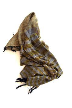 Fun and flirty scarf or shawl – Amber Kane