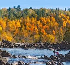 One of our favorite fall getaways — Duluth and the North Shore of Minnesota. Here's a game plan to get the most out of your time there: http://www.midwestliving.com/travel/minnesota/duluth/fall-getaway-to-duluth-minnesota