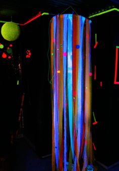 Neon Crepe Paper Streamers Dance Party Birthday, Teen Birthday, Birthday Parties, Carnival Decorations, Carnival Ideas, Motocross Tracks, Crepe Paper Streamers, Glow Party, School Parties