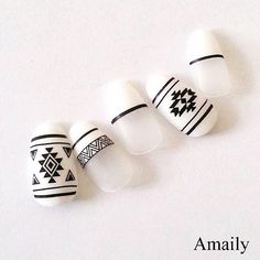 Most Eye-catching Beautiful Nail Art Ideas Indian Nail Designs, Nail Art Designs, Super Cute Nails, Pretty Nails, Western Nails, Indian Nails, Diamond Nail Art, Finger, Tribal Nails