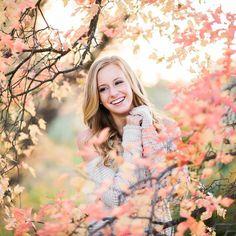 Fall Senior Portraits, Portrait Poses, Female, Couple Photos, Instagram Posts, Photography, Couple Shots, Photograph, Fotografie