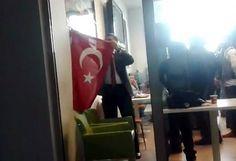 """BAYRAK VE ATATÜRK DÜŞMANI """"HAİNLERE UŞAK"""" ÜNİVERSİTESİ REKTÖRÜNÜ UYARIYORUZ Türk Bayrağını indirme talimatı veren bir rektör ve bayrağı indiren bir dekan... Üniversitelerde PKK'lılara her türlü müsâmâhayı gösteren rektörleri biliyorduk.  https://www.facebook.com/gencturklerizbiz  #gundem #haber #yeni #siyaset #politika #pkk #ataturk #bayrak"""