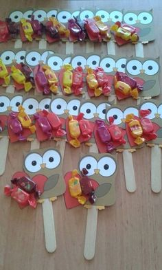 "Popsicle stcik bookmarks craft 2 crafts and worksheets for preschool toddler and kindergartenNew Post has been published on http:& ""Easy puzzle crafts for kids This page has a lot of free printabel Easy puzzle crafts(activities) for.This Pin was discove Kids Crafts, Owl Crafts, Preschool Crafts, Easy Crafts, Diy And Crafts, Paper Crafts, Puzzle Crafts, School Gifts, Student Gifts"
