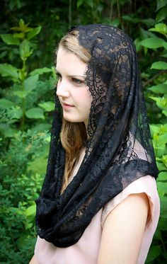 Evintage Veils: Black Spanish Lace Infinity Veil Chapel Veil Mantilla