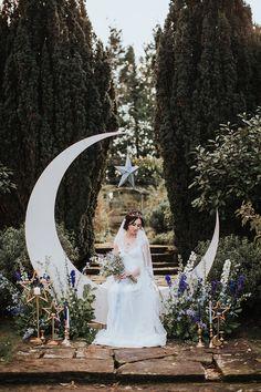 Moon & Stars Wedding Ideas in Classic Blue & Gold Starry Night Wedding, Moon Wedding, Celestial Wedding, Forest Wedding, Fall Wedding, Dream Wedding, Wedding Stuff, Wedding Goals, Wedding Themes
