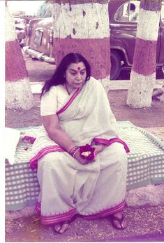 Sahaja Yoga Meditation, Shri Mataji, Mother Pictures, Best Resolution, Spiritual Gifts, Mothers