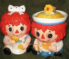 Vintage Raggedy Ann and Andy Cookie Jar Love Vintage, Retro Vintage, Vintage Items, Vintage Dishware, Retro Chic, Vintage Kitchen, Vintage Antiques, Teapot Cookies, Biscuit Cookies