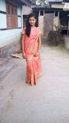 Balu Raju's media statistics and analytics Beautiful Girl Photo, Cute Girl Photo, Beautiful Girl Indian, Beautiful Indian Actress, Indian Wife, Tamil Girls, Village Girl, Indian Girls Images, Stylish Girl Images