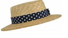 Sombrero de paja de lineas rectas con cinta de topos blancos sobre azul marino de Forever21