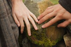 Caitriona Balfe as Claire Randall Fraser and Sam Heughan as Jamie Fraser  in Outlander Season One on Starz