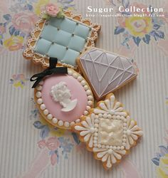 Cameo Cookie // Jill's Sugar Collection