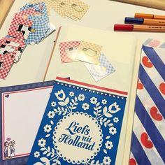 Lekker knutselen aan Round Robin boekje Holland vanavond, met Hollandse papierwaren uit shop! 🇳🇱
