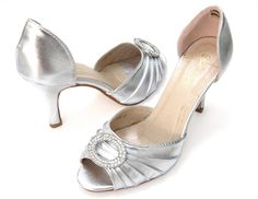 Flapper style medium heel shoes, Daisy Buchanan summer style #daisybuchanan #gatsby