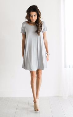 Sometimes simple is better. I love how this classic swing dress looks with the nude mules. So chic!