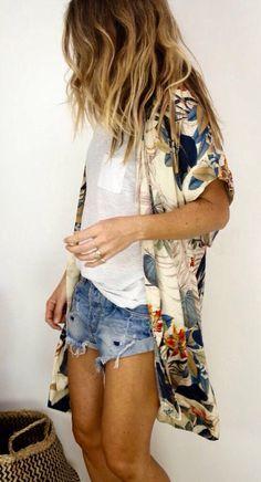 Kimono, tee, cut-offs