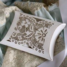DIY Wedding Favors With Lace | Favor Box unique laser cut lace pillow box