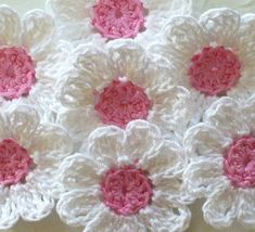 Crochet Flower Appliques, White Daisies, Pink centers - set of 16, Handmade