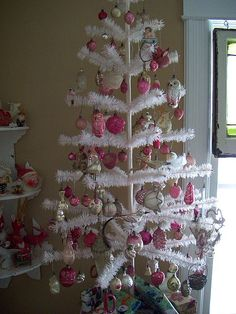 Pin By Penny On Pink White Creme Shabby Chic Cottage Victorian  - Pink Feather Christmas Tree