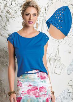 0dc7d2faf9 Blusa Feminina Azul Detalhe Recortes - Posthaus Queima De Estoque