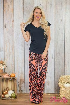 We love these bold damask print palazzo pants!