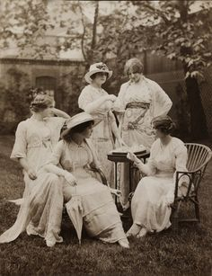 A 1912 photograph of women in Lucile tea apparel.