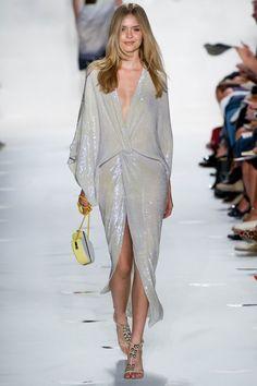 Smartologie: Diane von Furstenberg Spring 2013 Collection - New York Fashion Week New York Fashion, Vogue Fashion, Runway Fashion, High Fashion, Fashion Show, Fashion Design, Diane Von Furstenberg, Vogue Trends, Glamour